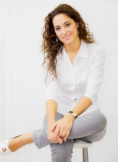 Biografía - Elena Miguélez, Pianista